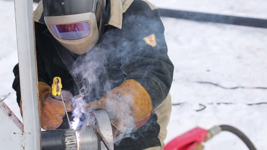 Another Day, Another Dollar: How Welding Wages Stack Up